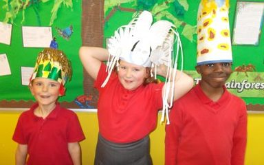 Mayan Head Pieces in Year 4