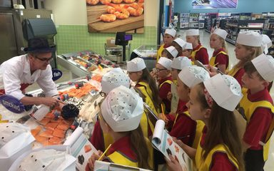 Year 5 visit to Tesco