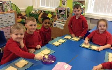 Making sandwiches in Year One