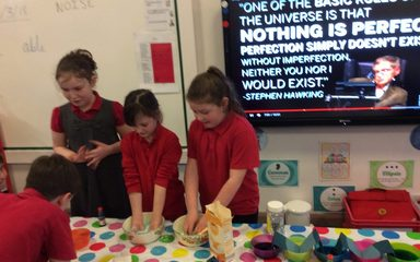 Science Week – Year 3
